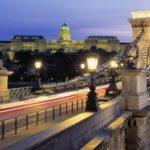 chain bridge visit budapest in 2 days