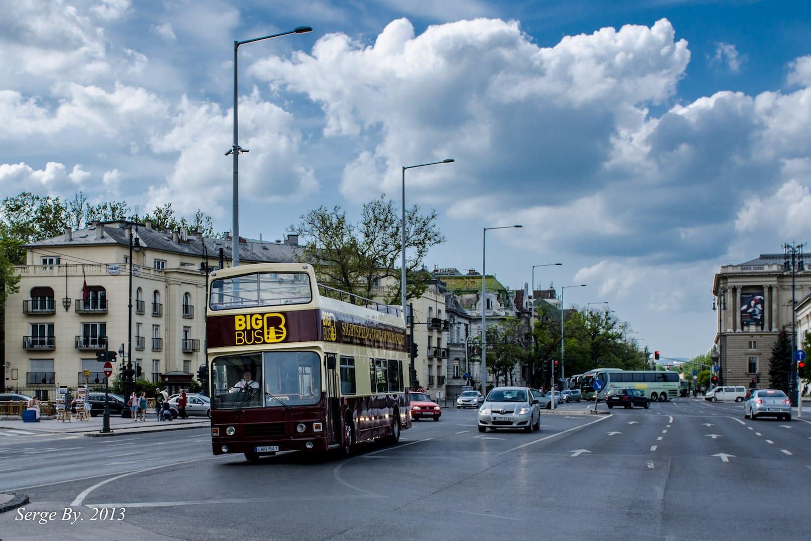 Bus tour budapest