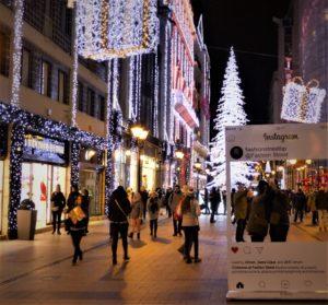 christmas_budapest_market_fashion_street