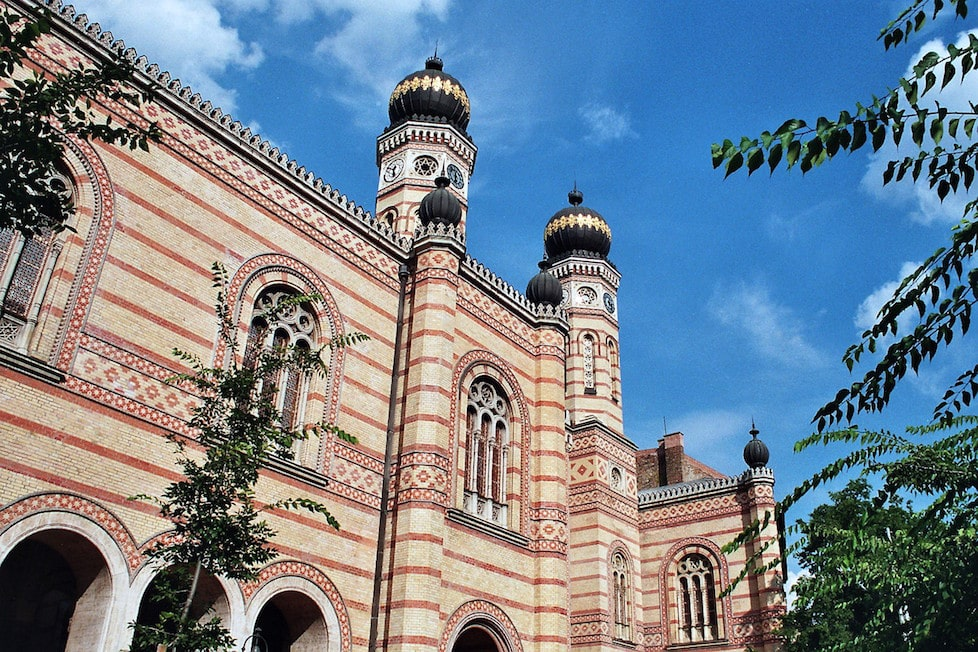 budapest synagogue must see