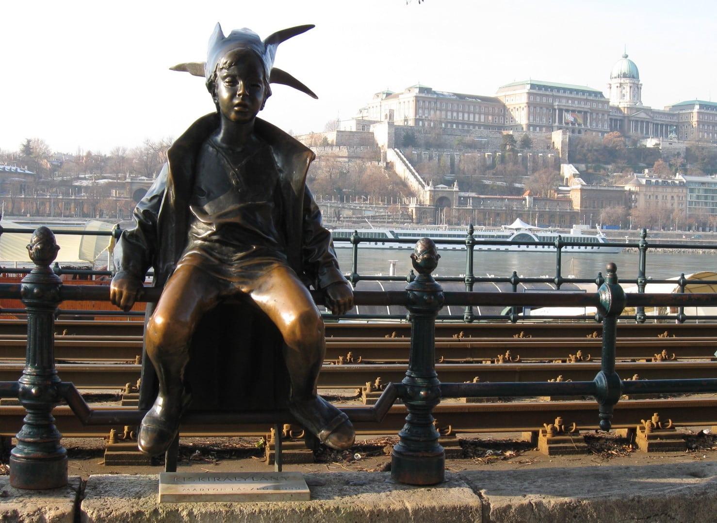 Budapest Vigado tér
