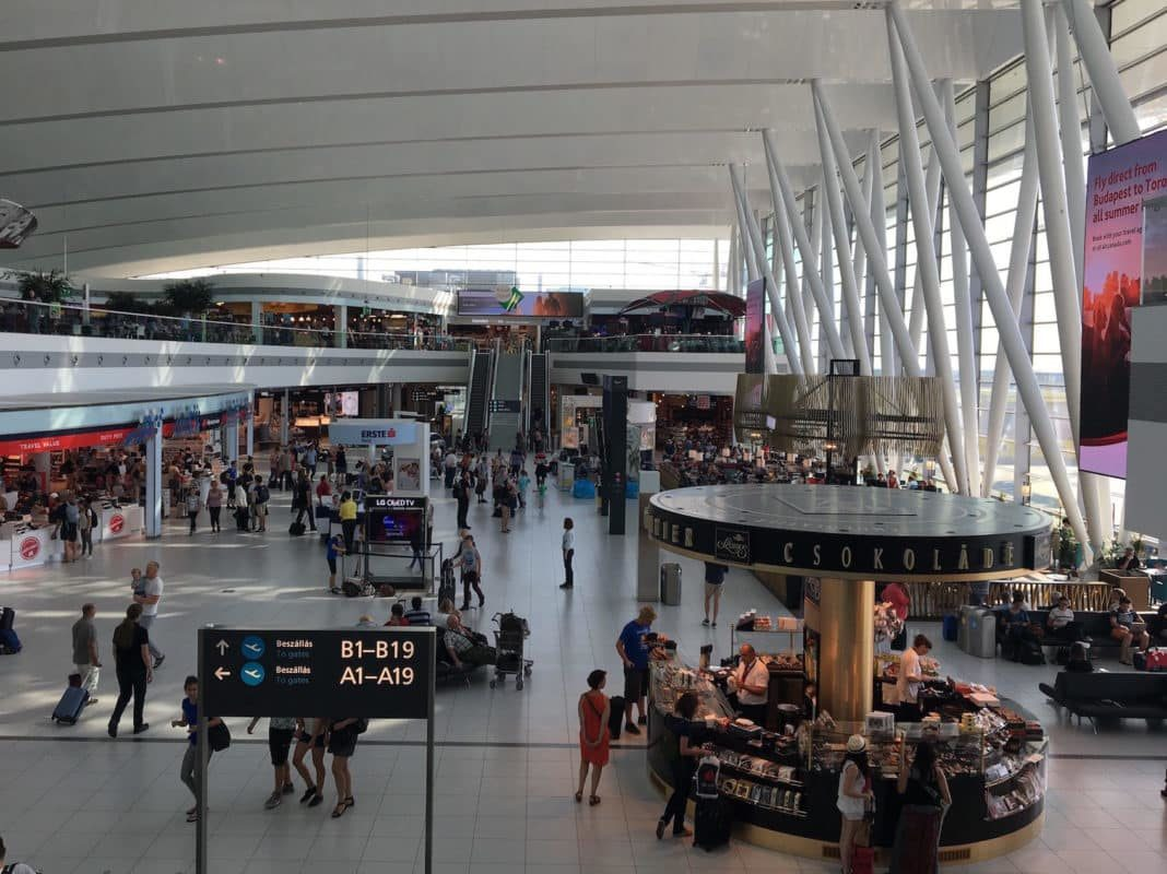 useful information on budapest airport - budapest travel tips