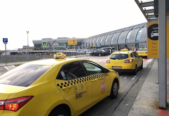 Taxi at Budapest airport
